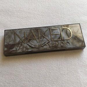 Urban decay smoky naked